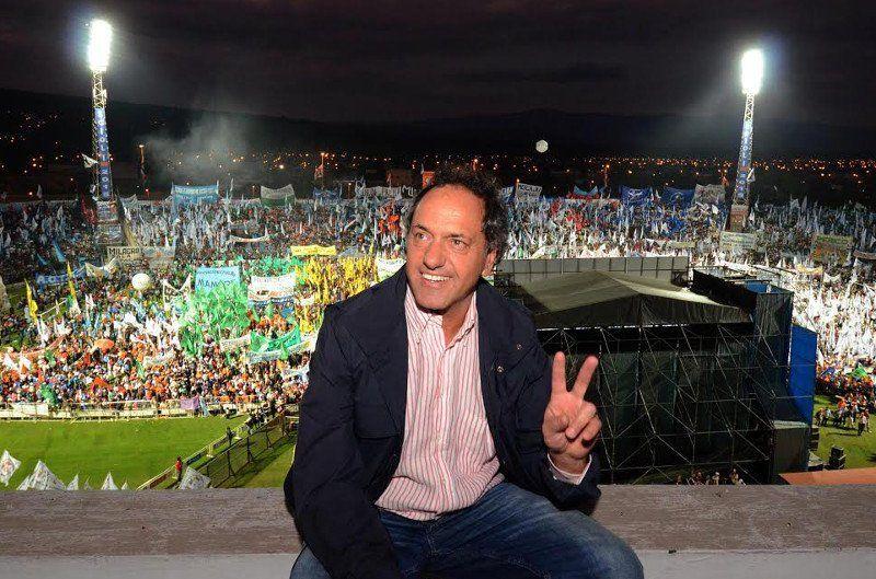 """Scioli: """"Nunca hubo intromisión del Kirchnerismo en la gestión"""""""