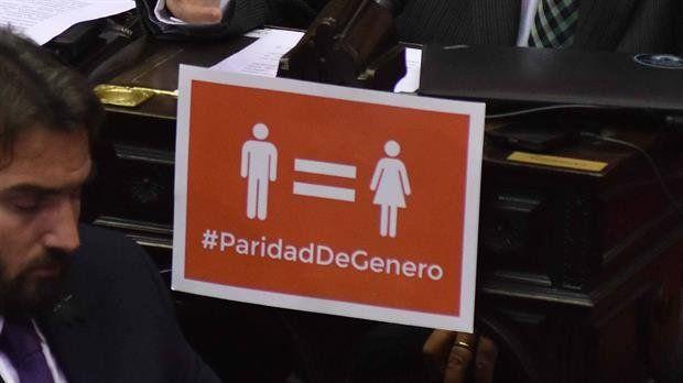 La paridad de género en las listas abre el debate