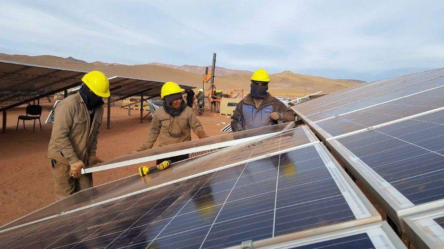 """Parque solar: admiten que se pidió """"plata de más"""""""
