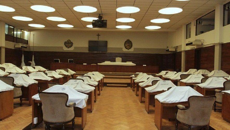Crece la irritación por el parate de la Legislatura