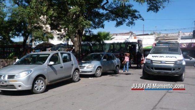 Salta se mantiene firme contra los taxis interprovinciales