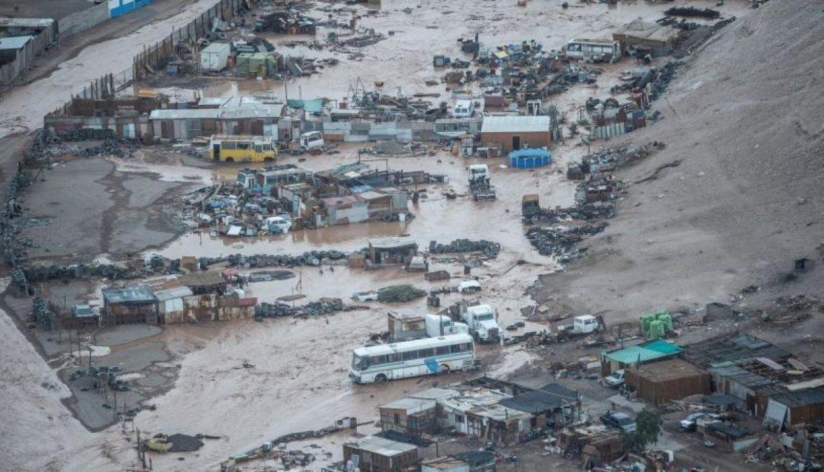 Lluvias torrenciales en Chile dejaron al menos 6 muertos
