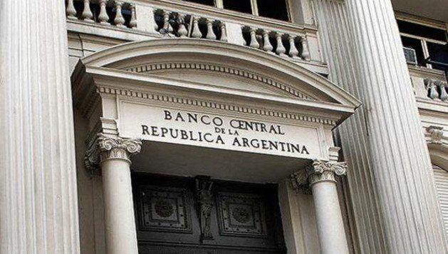 Luego de la señal del Banco Central, el dólar cayó 2,6%