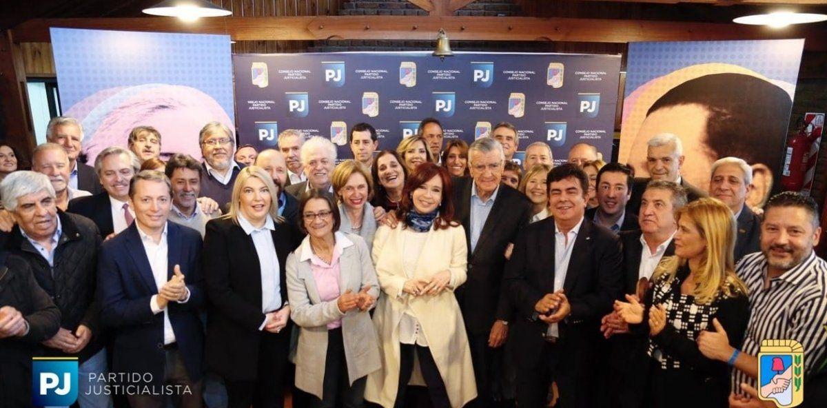 Los dirigentes jujeños que estuvieron en la foto con Cristina
