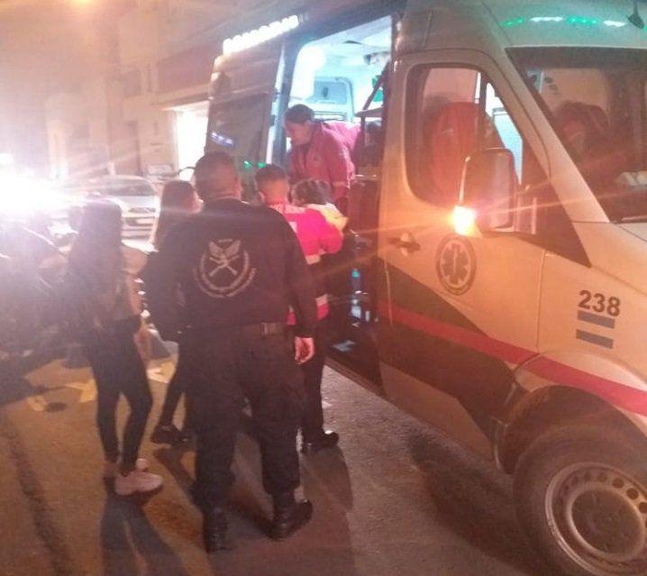 Policías salvaron a una menor que se ahogaba en pleno centro