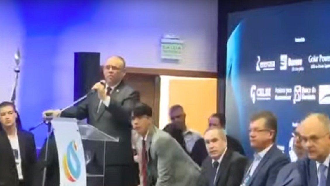 Conmoción en Brasil: un empresario se quitó la vida durante un acto oficial