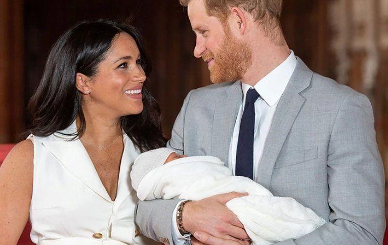 Meghan Markle y el príncipe Harry bautizan hoy a su primogénito