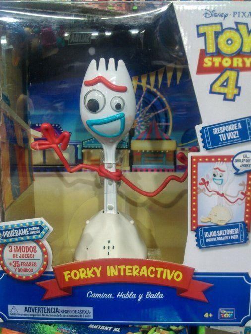 Disney retiró de las tiendas a Forky, el nuevo personaje de Toy Story