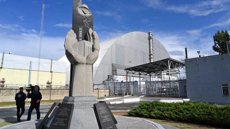 Inauguró la nueva cúpula gigante que cubre el reactor accidentado de Chernobyl