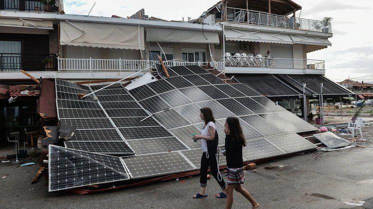 Siete personas murieron por un tornado y caída de granizo en Grecia
