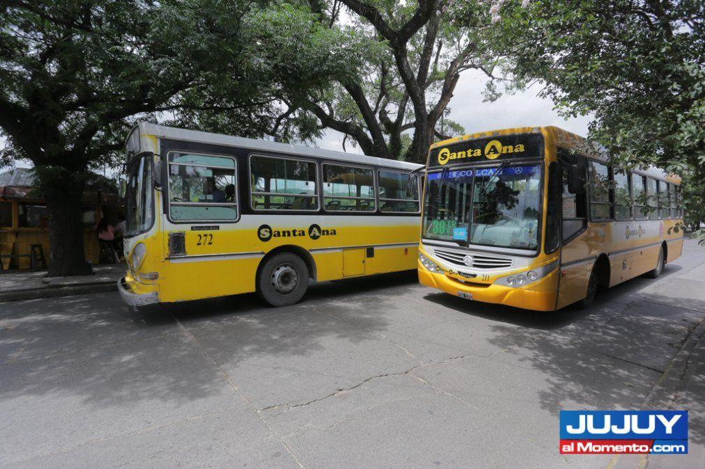 Transporte: paro descartado tras reunión con Morales