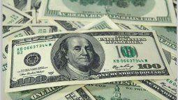 altText(El dólar se vende a 61 pesos en sucursales del Banco Nación)}