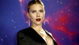altText(Scarlett Johansson repite el primer puesto en el ranking de actrices mejor pagadas)}