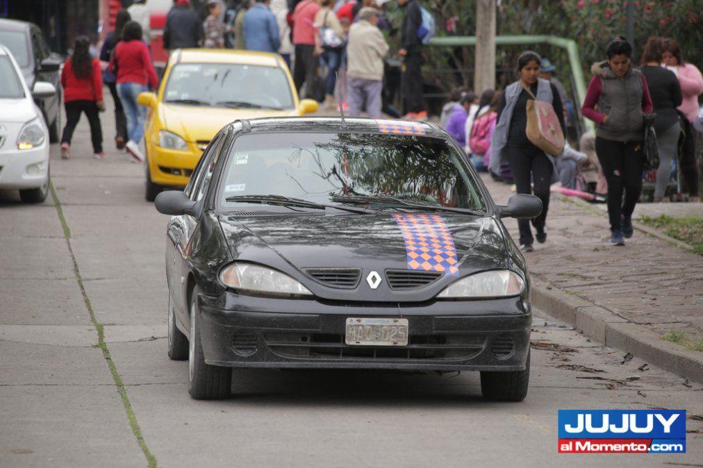 Taxis interjurisdiccionales: 600 conductores recibirán su oblea