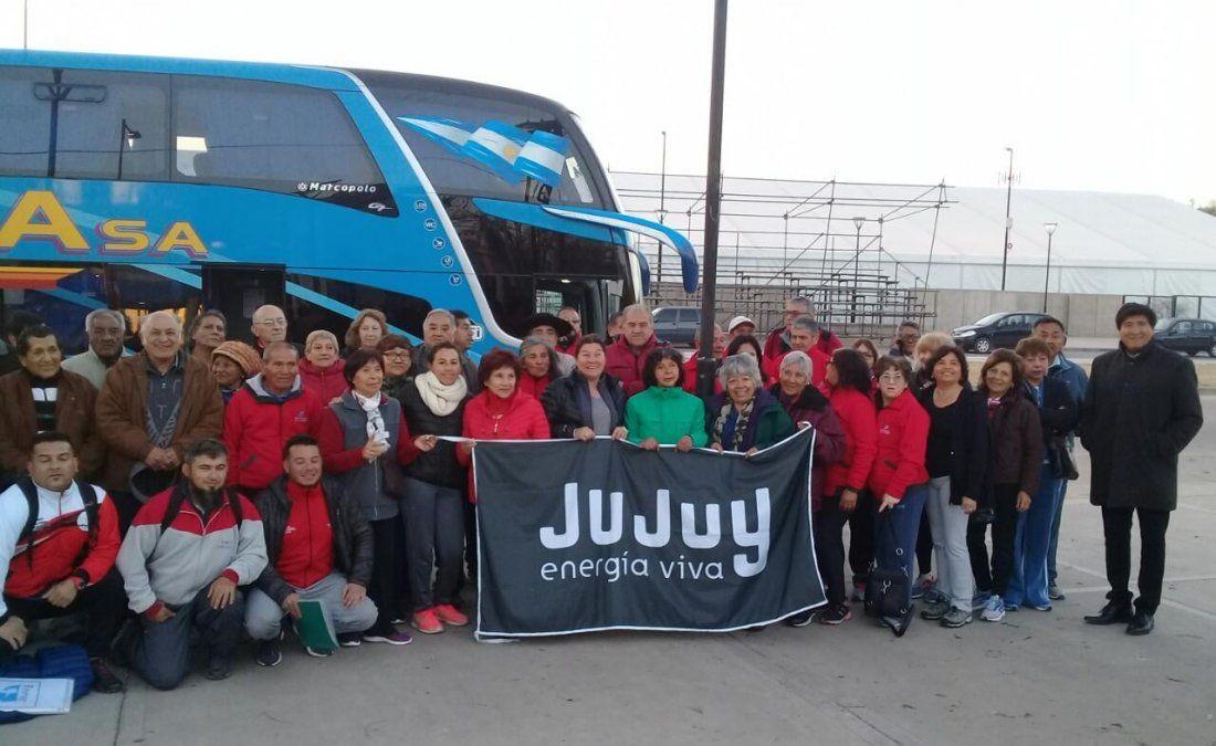 Delegación jujeña de personas adultas mayores partió a Pinamar