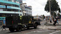 altText(Nueva jornada de disturbios en Quito)}