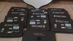altText(La policía recuperó 12 netbook que fueron robadas de una escuela)}