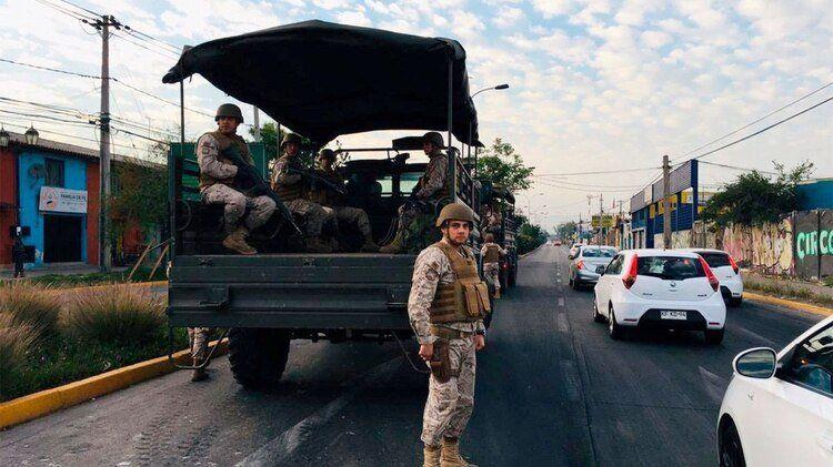 Chile: Piñera decretó estado de emergencia y el ejército salió a la calle