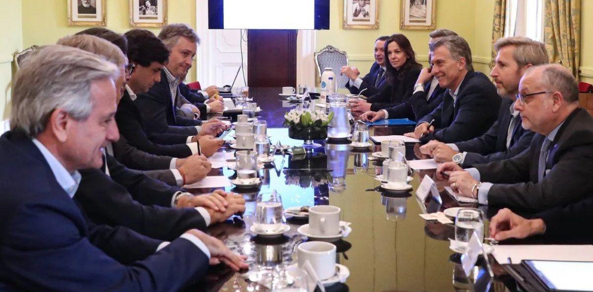 Macri contó que vio a Alberto Fernández desencajado, como si no se sintiera ganador