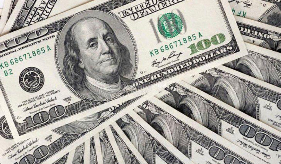 El dólar se mantiene estable