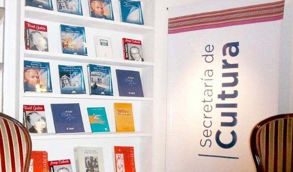 La Colección del Bicentenario presente en la Feria del Libro