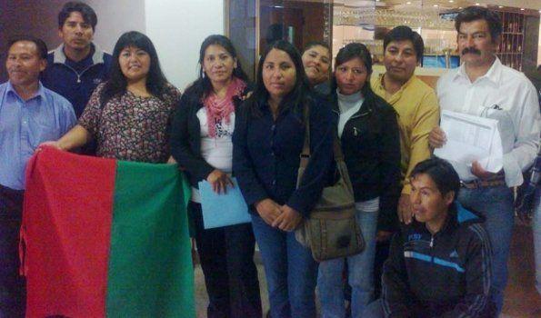 Estudiantes de pueblos originarios recibirán becas para continuar estudios terciarios