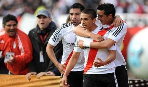 River se subió a la punta y dejó a Independiente al borde del descenso