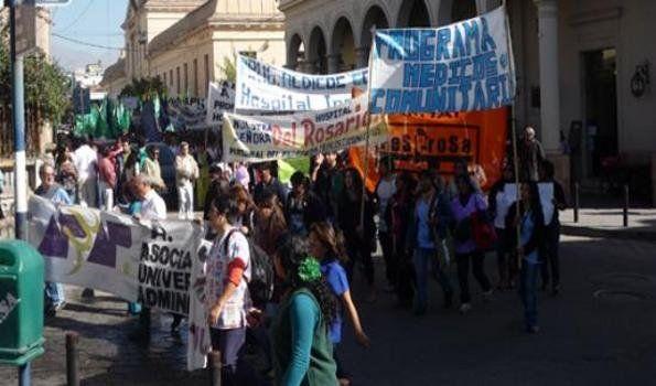 """Víctor Urbani: """"No se puede pasar a planta permanente a empleados de Nación"""""""