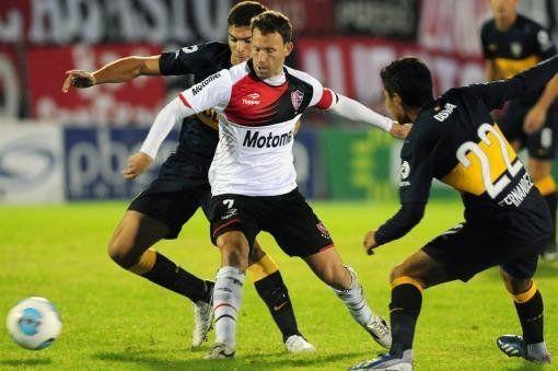 Newell's goleó a Boca en Rosario y sigue en lo más alto del certamen