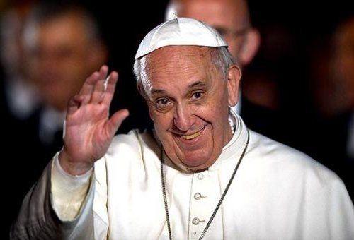 El Papa Francisco lanzó una aplicación para celulares