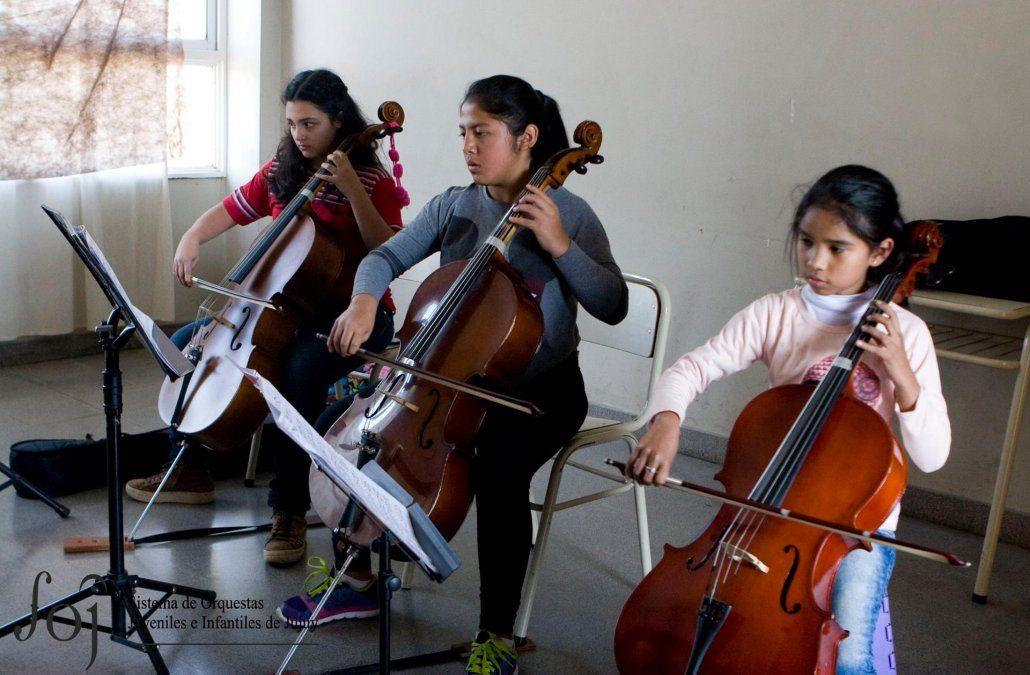 Si las escuelas tuvieran orquestas, tendríamos una sociedad menos violenta