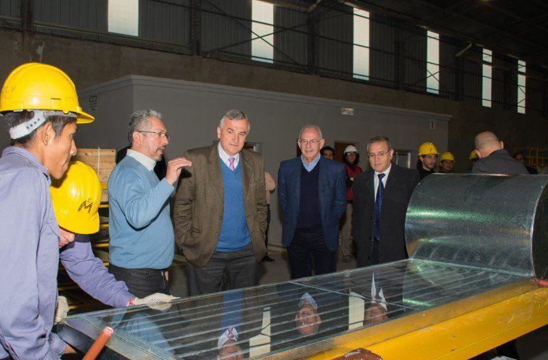 La fabricación de termotanques solares es una realidad
