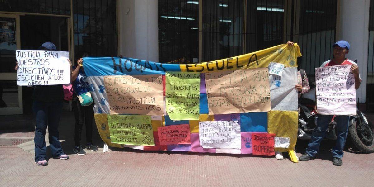 Hogar Escuela: padres se expresaron en el conflicto