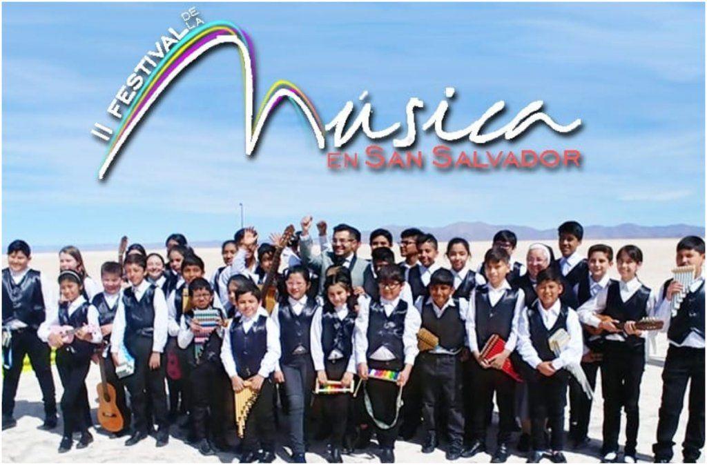 Presentan el videoclip del Himno realizado por niños de la Orquesta de Instrumentos autóctonos
