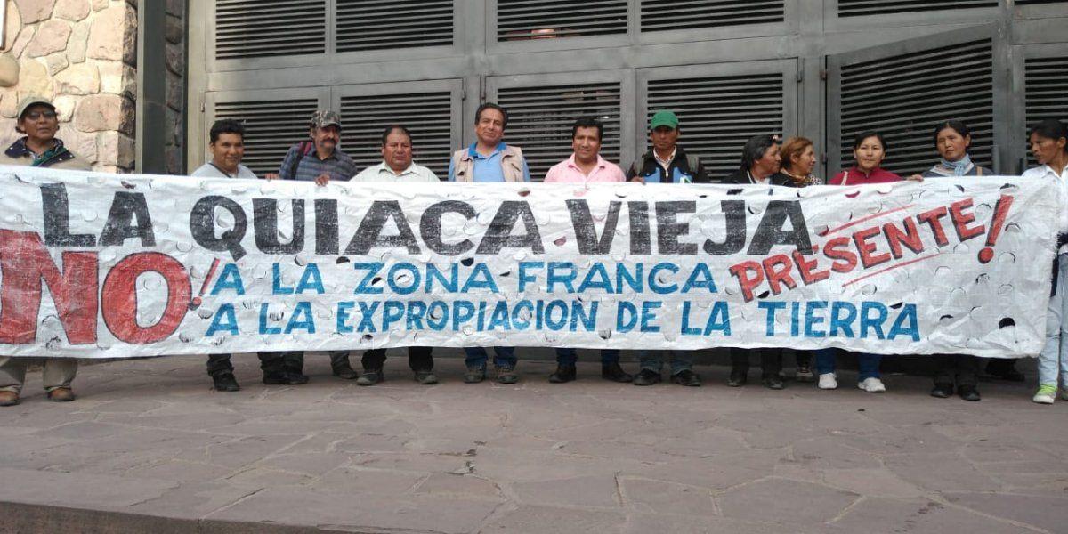 Una protesta de comunidades hace tambalear un proyecto clave para Morales