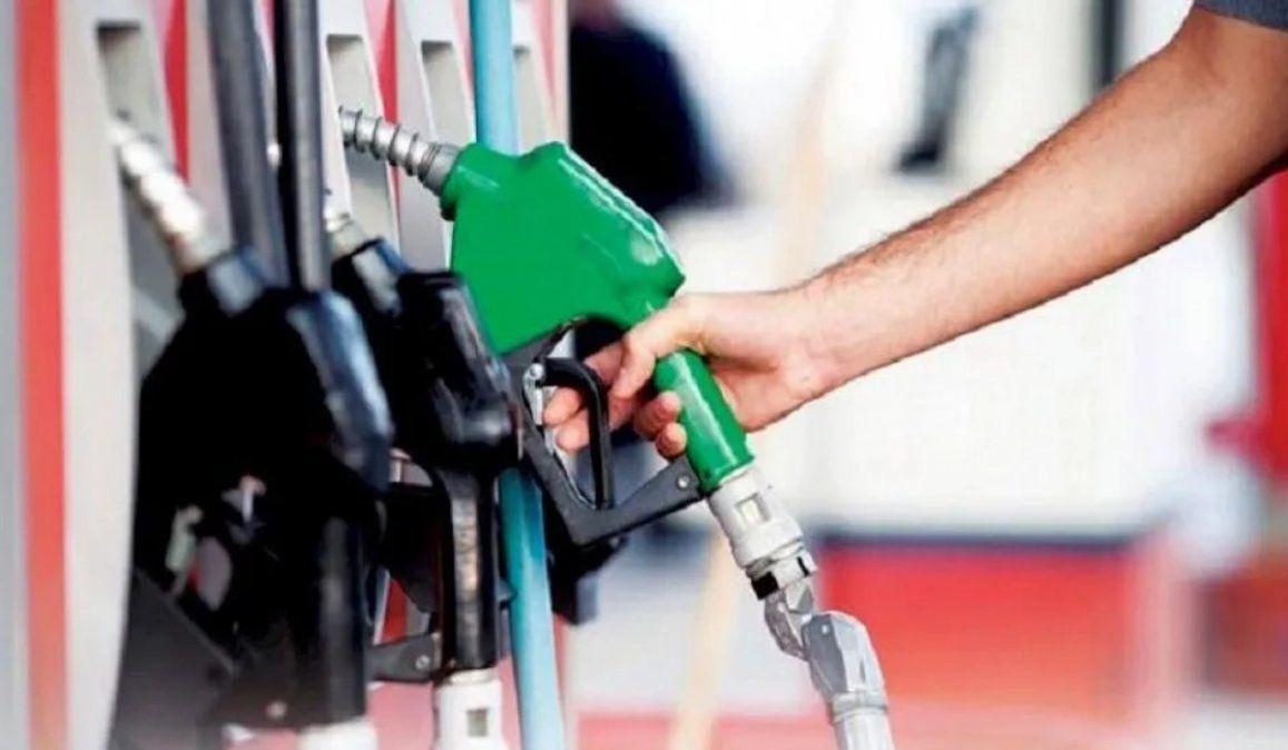 El Gobierno oficializó las subas en el impuesto a los combustibles