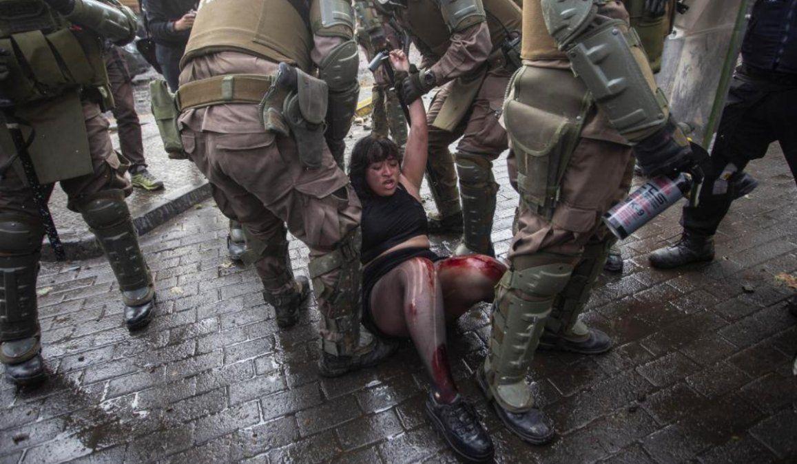 Otra vez represión en el súper lunes de protestas