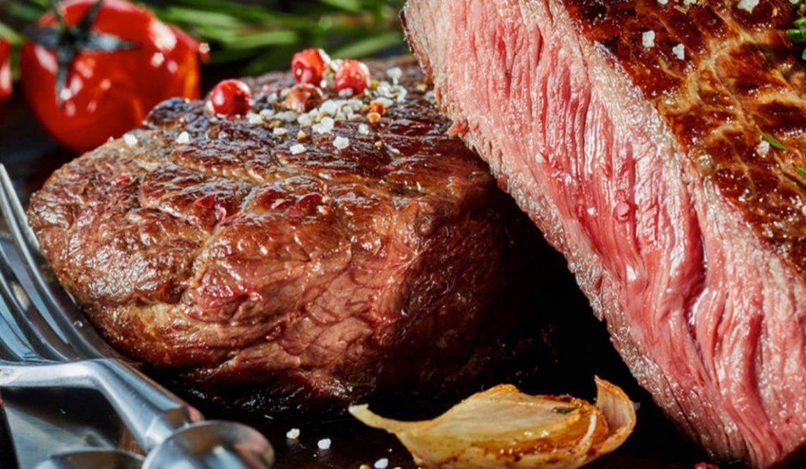 Los argentinos redujeron medio kilo por mes su consumo de carne vacuna