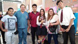 alumnos jujenos crearon una protesis para un perro con la pata amputada