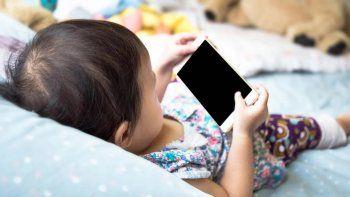 La tablet y el celular afectarían la estructura cerebral de los chicos menores de cinco años