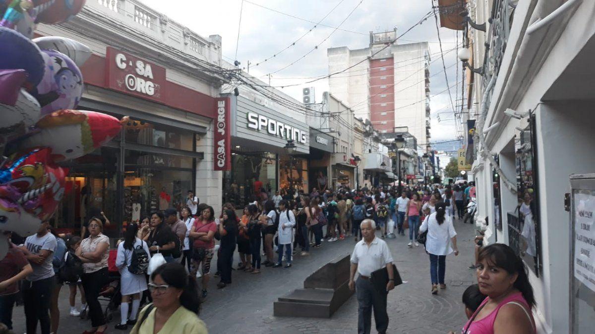Éxito total tuvo la noche de las heladerías en Jujuy