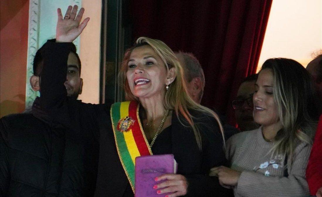 La OEA reconoció a Áñez como presidenta de Bolivia