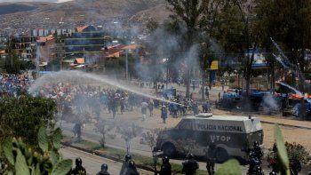 Ya son cinco los muertos tras violentos enfrentamientos en Cochabamba