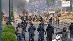 ya son ocho los muertos en medio de violentos enfrentamientos en bolivia