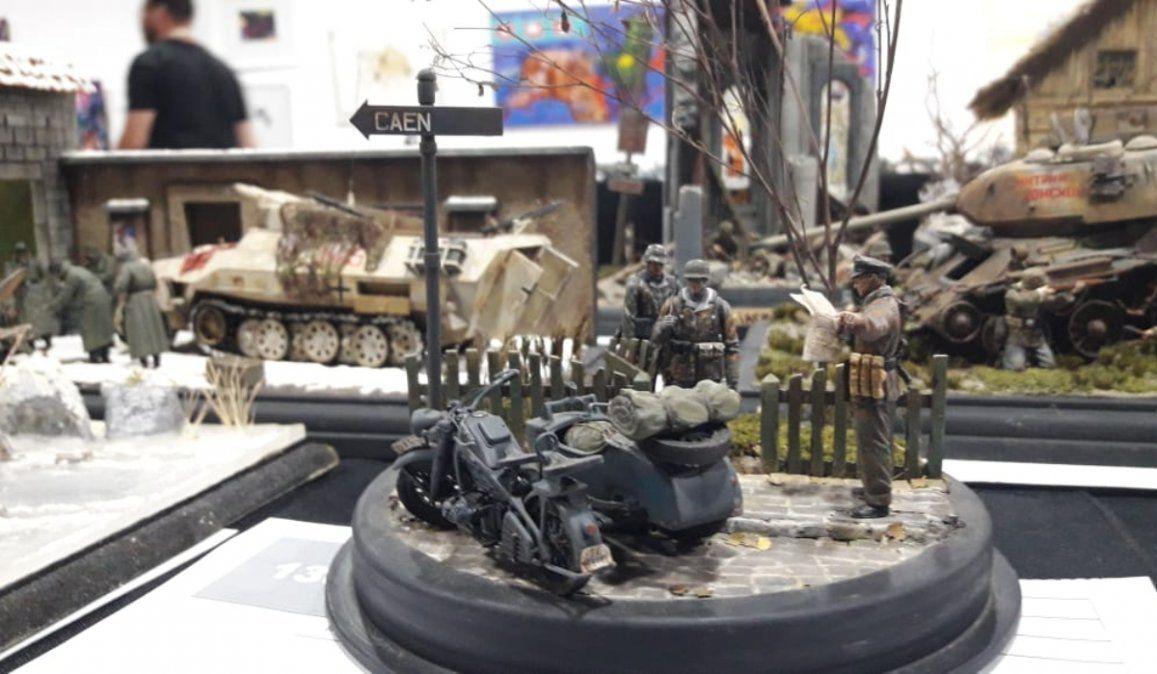 Unos 50 plastimodelistas de todo el país exponen sus mejores piezas en Jujuy