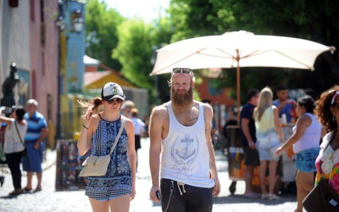 Fin de semana largo: Más de 1 millón de turistas viajan por el país