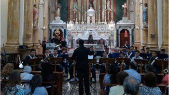 La Banda del RIM 20 brindó un increíble concierto en la Basílica San Francisco