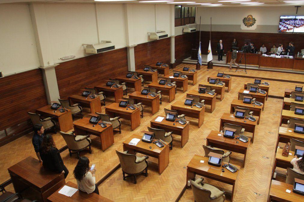 Los temas de la sesión especial en la Legislatura