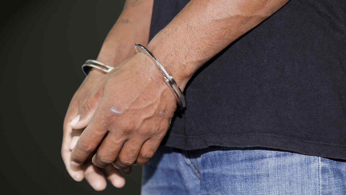 Tucumano quedó detenido por el robo de notebooks en una escuela jujeña