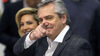 Alberto Fernández fijó la doble indemnización por 180 días
